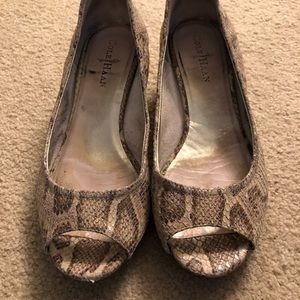 Cole haan wedge size 8